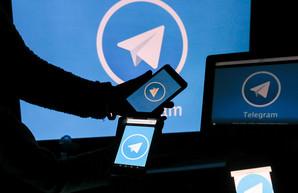В Офисе президента меняют тактику – больше Telegram, меньше Twitter и Facebook