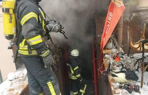 Обошлось без жертв. Пожар в кафе в центре Киева ликвидирован, - ГСЧС