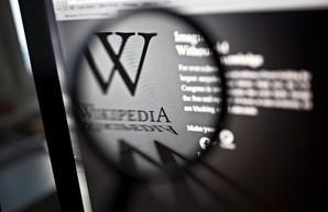 Французская Википедия признала, что «телеканалы Медведчука» закрыли по указанию администрации нового президента США Байдена