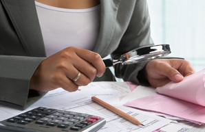 В Украине сняли мораторий на налоговые проверки