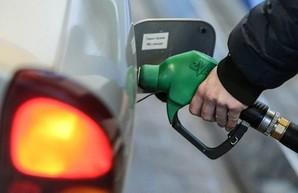 На украинских заправках взлетели цены на газ и бензин
