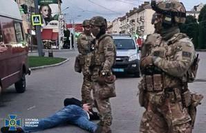 СБУ передала в суд дело волынянина, захватившего автобус в центре Луцка