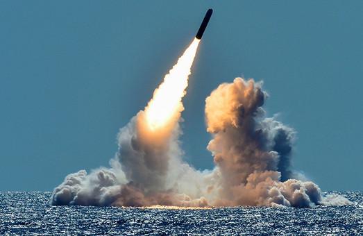 В Минобороне заявили о намереньях России установить в Крыму ядерное оружие