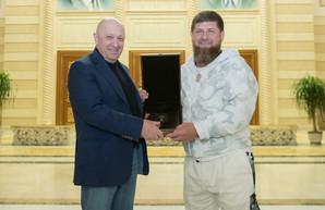 Кадыров решил потроллить ФБР, выставив фото с Пригожиным