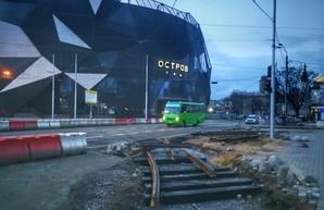 В Одессе закончили ремонт важной автомагистрали около железнодорожного вокзала (ВИДЕО)