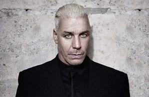 Солист группы «Rammstein» исполнил песню, посвященную Киеву (Видео)