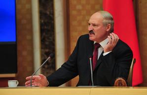 Лукашенко вновь обиделся на ЕС и США за отсутствие помощи в борьбе с COVID-19