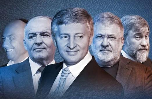 Свежий рейтинг Forbes: состояние Ахметова выросло втрое за год, Порошенко потерял позиции