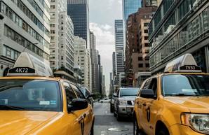 Такси в США будут бесплатно возить на вакцинацию от COVID-19