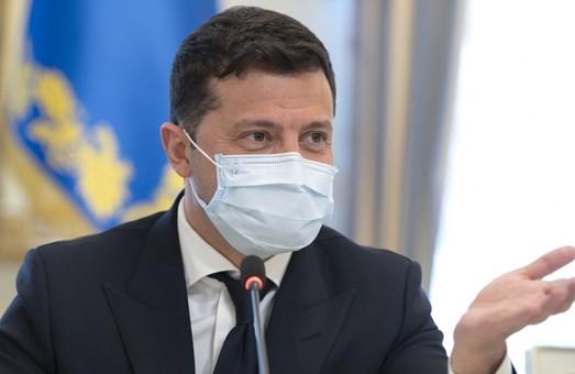 Украина переходит к электронному документообороту – Зеленский