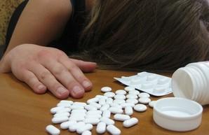 Рада поддержала в первом чтении законопроект о запрете на продажу лекарственных препаратов детям до 14 лет