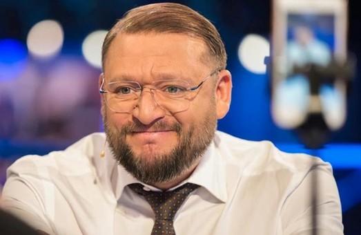 Футбол и политика: Добкин прошелся по болельщикам и послал в …опу несогласных