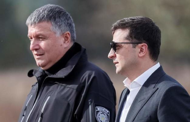 Офис президента рассматривает возможность увольнения Авакова – СМИ