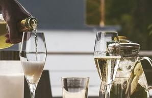 Французы возмутились: Россия не имеет права называть свое вино «шампанским»