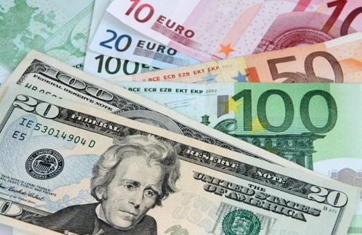 В Украине упростили покупку иностранной валюты и драгметаллов