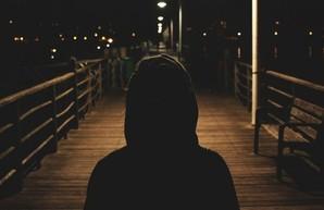 В Сумах запретили детям выходить ночью из дома