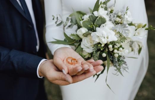 Около 10 миллионов пар поженились за время Независимости Украины