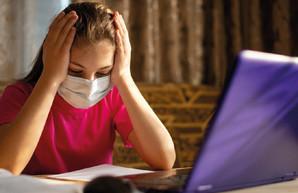 Больше половины украинских школьников хотят учиться офлайн