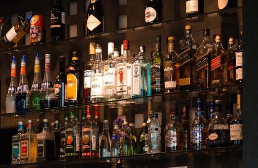В Украине изменились правила продажи алкоголя