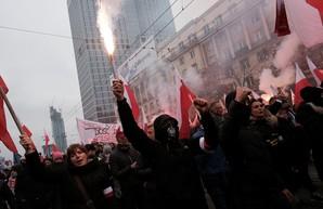 В Польше прошли многотысячные митинги против выхода страны из ЕС