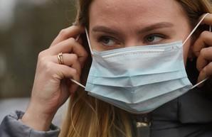 В правительстве рассказали, когда разрешат украинцам снять маски
